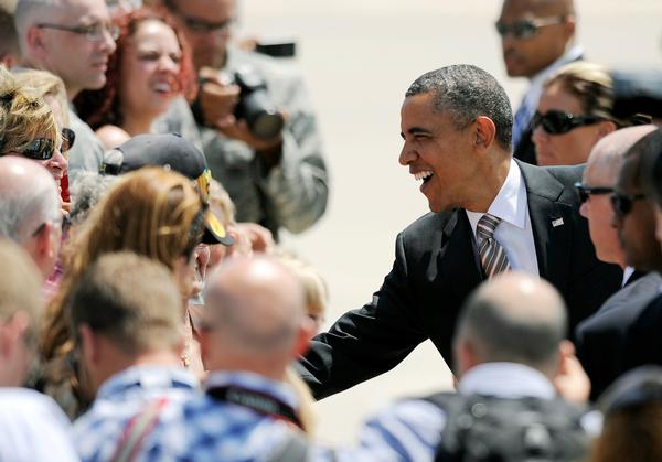 Obama talks of rebuilding middle class at Colorado College